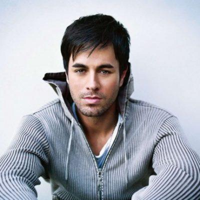 متن و ترجمه و دانلود آهنگ It Must Be Love از انریکه (Enrique Iglesias)
